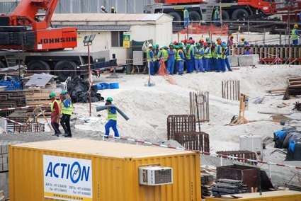 0-haacke_saadiyat-island_museum-construction-site_2011_-hans-haacke_n765_w900.jpg