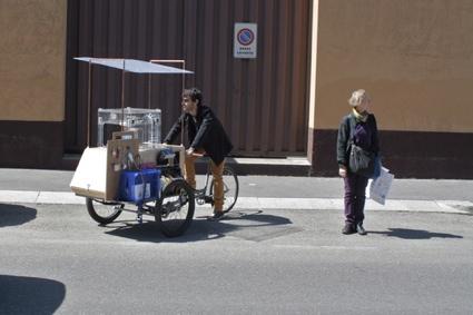 0KioskCycling4.jpg