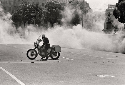 0Teargas-Grand-Parade-Cape-012.jpg