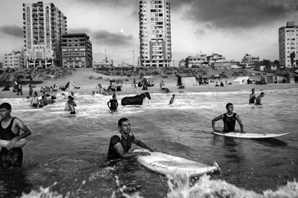 0a32-mcconnell-andrew-gaza-surf-club-08.jpg