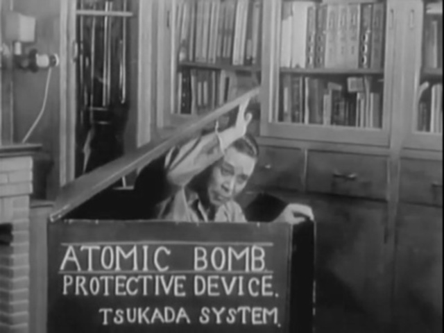 Anecdotal radiations, the stories surrounding nuclear armament and testing programs
