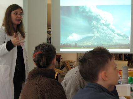 Home chaos workshop in MAdlab-carina fearnley explaining eruption- photo by Hwa Yound Jung .jpg