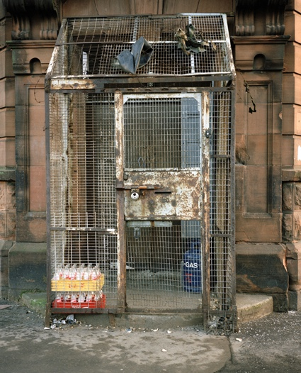 cage1belfast.jpg